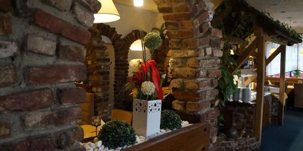 Restaurant-Baesweiler-Druchgang