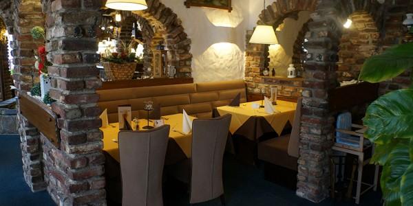 Restaurant-Baesweiler-Gruppentische